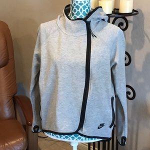 Nike NWOT asymmetrical zip jacket